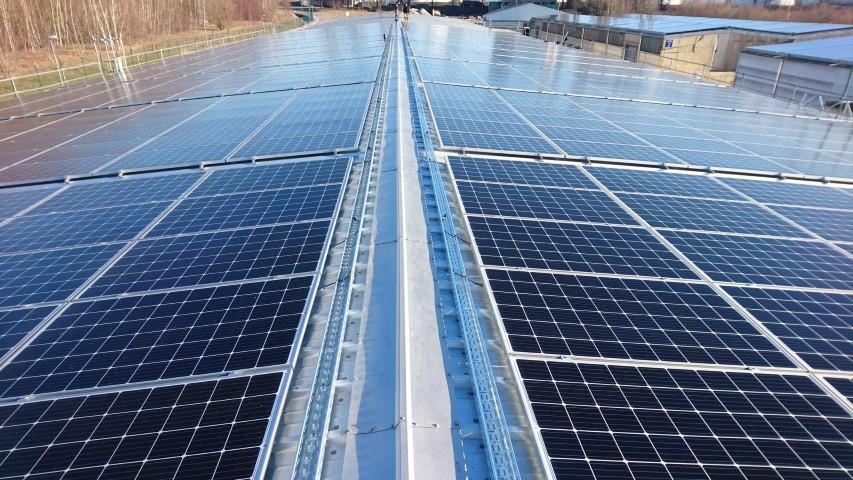 Projekt 2 – Anlage: 750 kWp mit Heckert Solar – Modulen und SMA Wechselrichtern