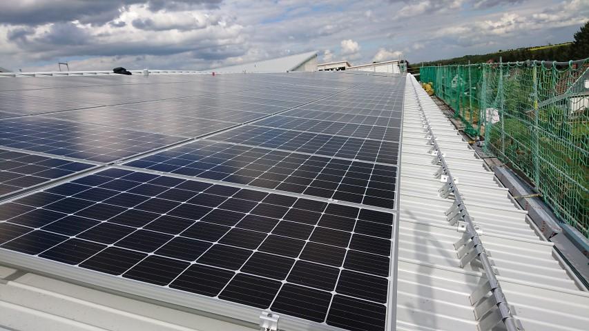 Projekt 3 – Anlage: 60 kWp Heckert Solar-Module und SolarEdge Technologie